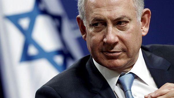 Netanyahu'ya üç saat polis sorgusu