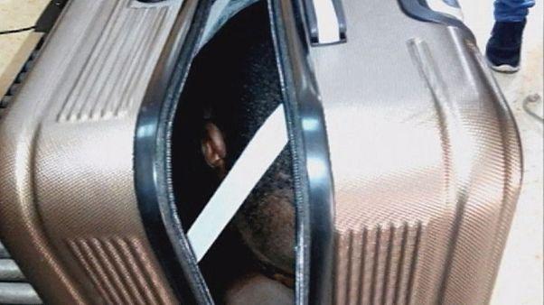 جوان گابنی با مخفی شدن در چمدان قصد ورود به سئوتا را داشت