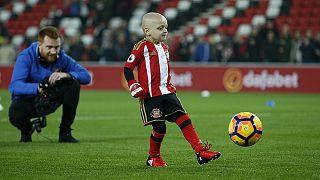 Haldokló kisfiúé a hónap legszebb gólja