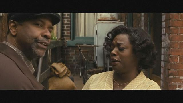 Denzel Washington and Viola Davis reprise their 2010 Tony winning roles in the movie 'Fences'