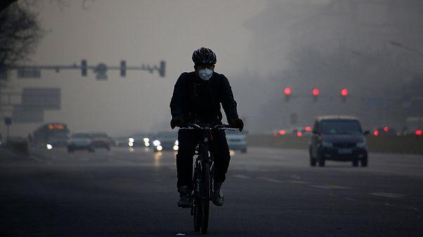 "Heavy smog in Beijing: ""It makes us feel so depressed"""