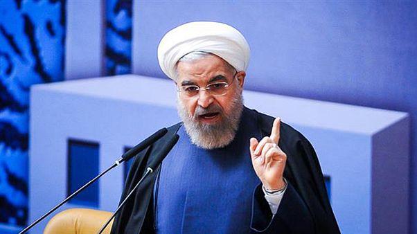 روحانی: دولت تمام حساب هایش را روشن می کند، قوه قضائیه نیز روشن کند