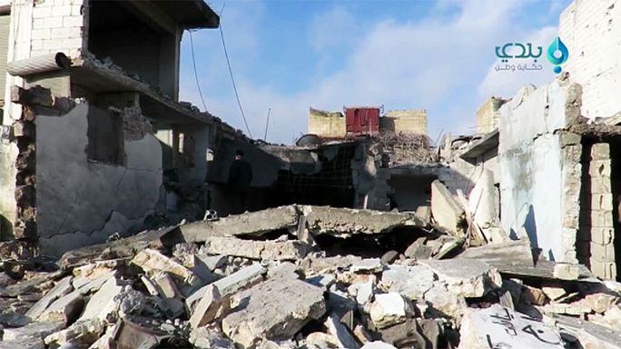 Siria: raid aerei a raffica, ci sono molte vittime