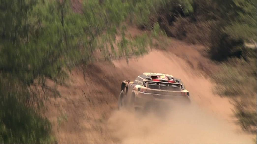 Dakar Rally: Loeb dominates stage two