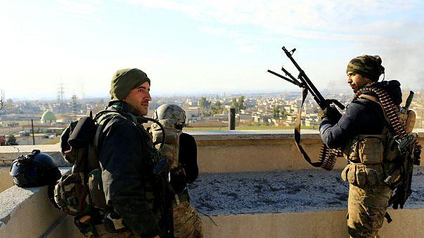 Unidades de élite del Ejército iraquí continúan la toma de Mosul, calle por calle