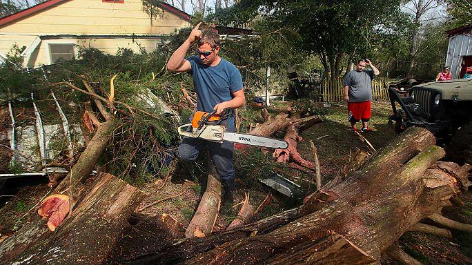 Amerika keleti partvidéke felé tart az alabamai viharzóna
