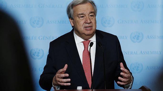 Első nap az irodában: új főtitkára van az ENSZ-nek