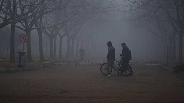 Çin'de hava kirliliğinden göz gözü görmüyor
