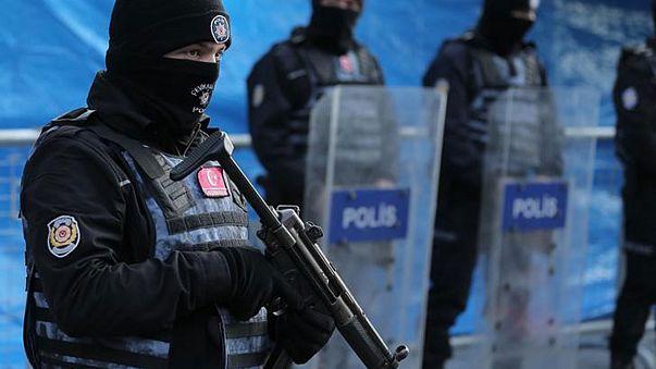 Detienen a 27 presuntos yihadistas en relación con el ataque en Estambul