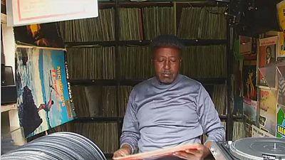 Kenya: un passionné redonne une nouvelle jeunesse aux disques vinyles