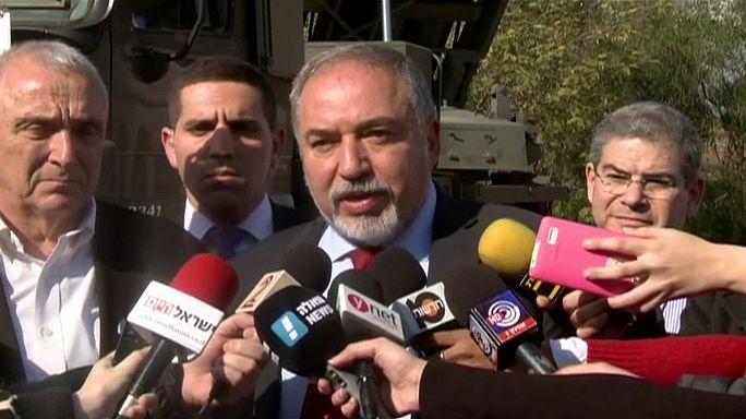 """Izraeli védelmi miniszter: """"Kötelesek vagyunk önuralmat gyakorolni"""""""