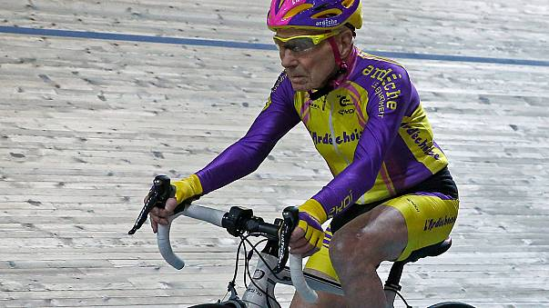 French centenarian cycles into record books