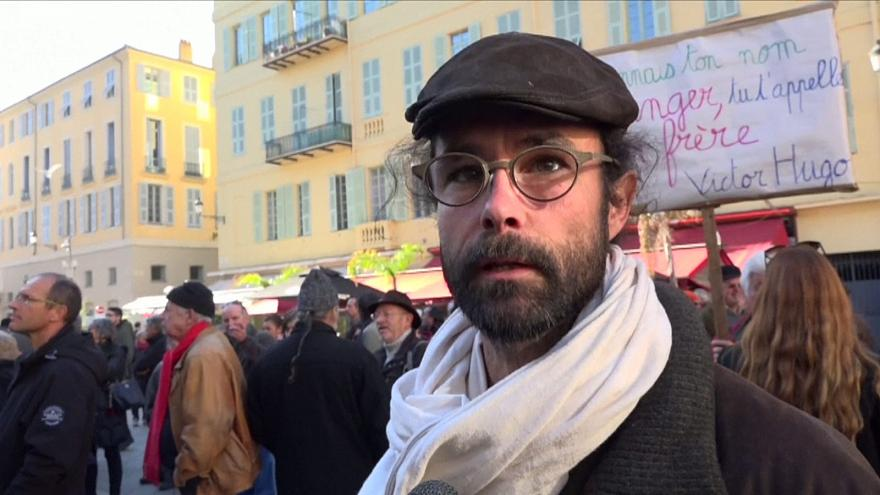 Bíróság előtt a migránsokat segítő francia gazda