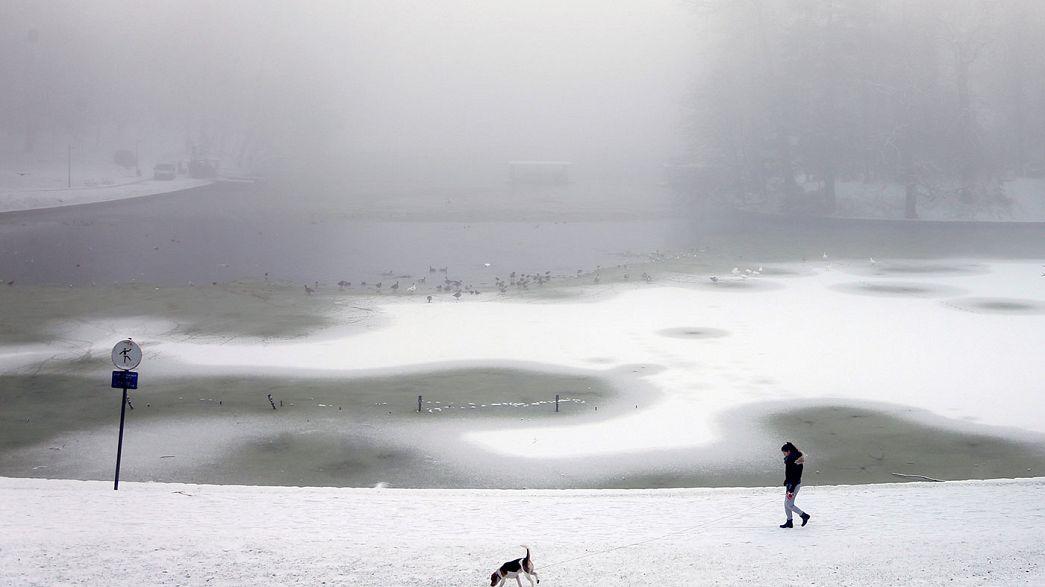 Снегопады обрушились на Центральную Европу