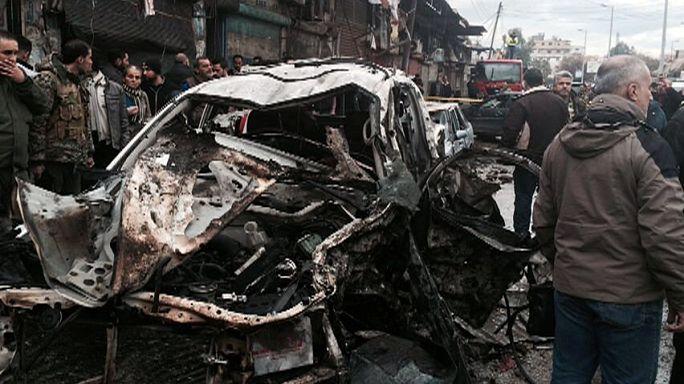 مقتل ما بين 9 إلى 14 شخصا على الأقل في تفجير انتحاري في جَبْلَة السورية