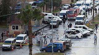حمله تروریستی و انفجار در ازمیر ترکیه؛ دو نفر کشته و ۱۰ نفر زخمی شدند