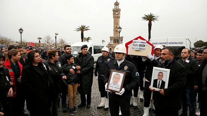 İzmir saldırısıyla ilgili 18 kişi gözaltında