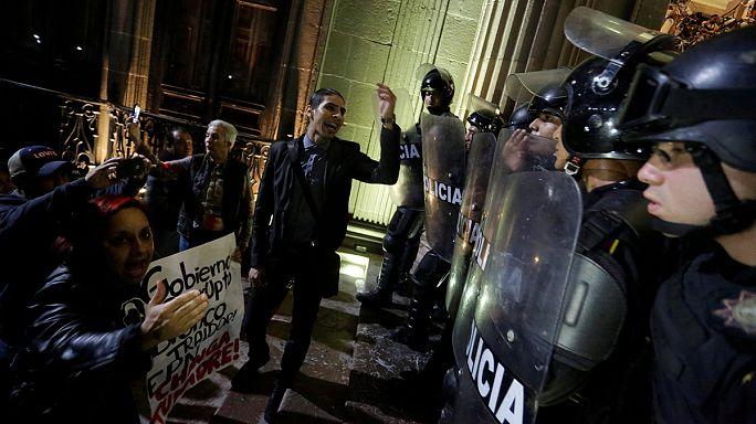 Mexique : nouvelle journée de manifestations et de saccages