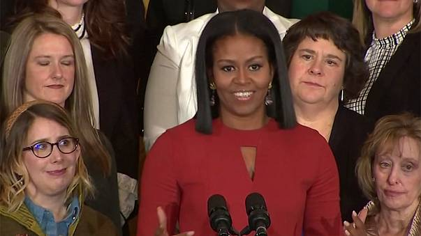 Michelle Obama si congeda da first lady e piange