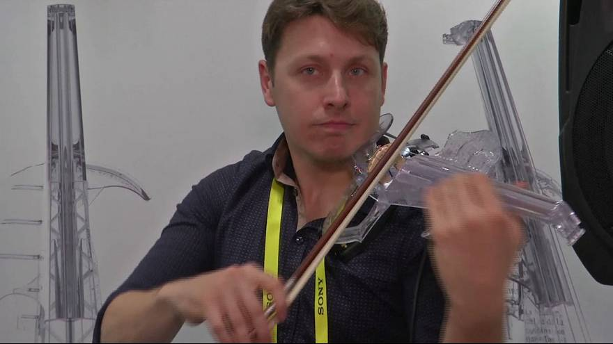 Pitch perfect? 3D-printed violin on show at electronics extravaganza
