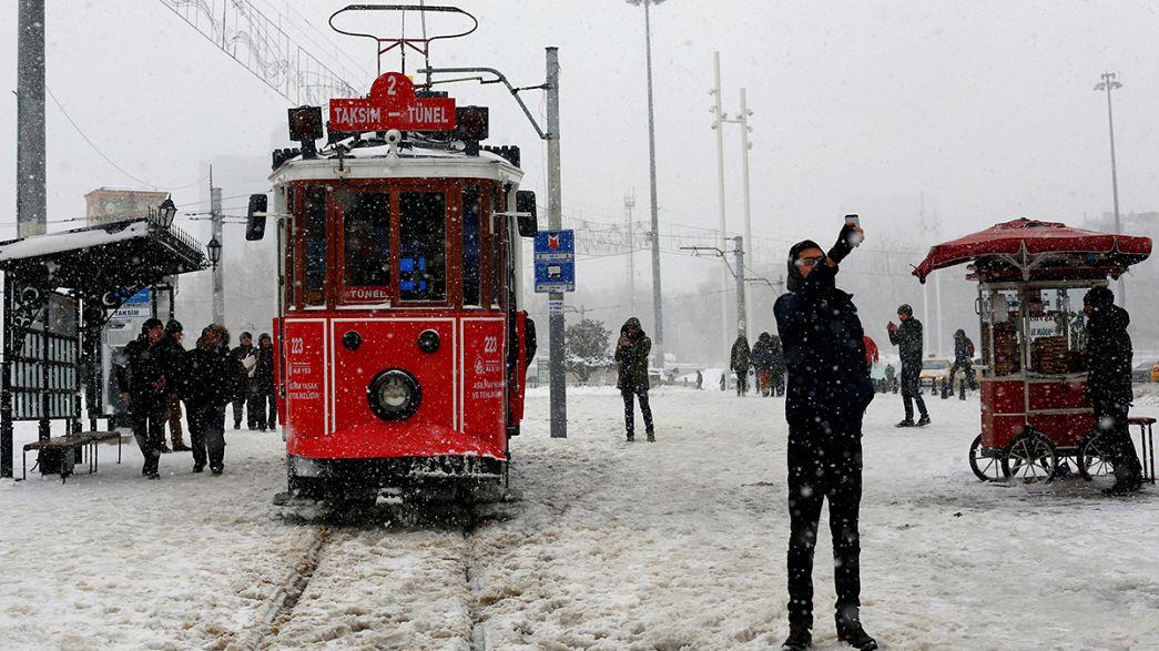 Wintereinbruch in Europa - Kältetote in Italien und Polen