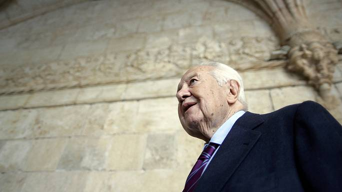 Portugal's former President Mario Soares dies at 92