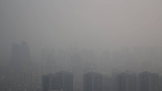 Beijing to set up police squad to combat smog