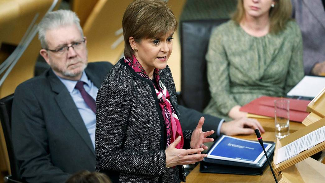 Brexit: 'I'm not bluffing on indyref2', Scotland's Sturgeon to May