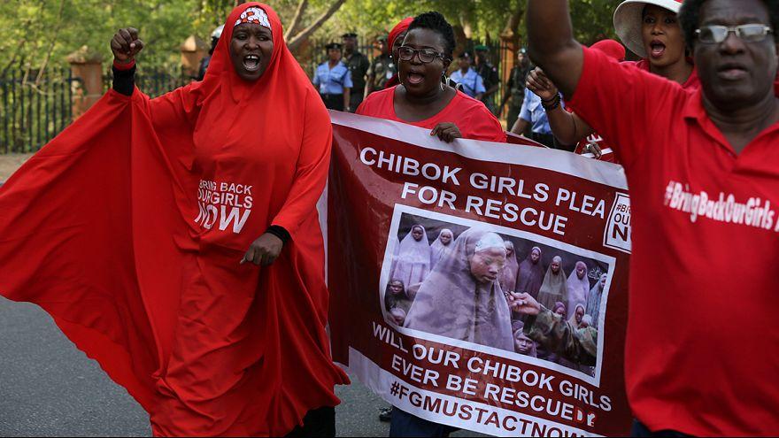 #BringBackOurgirls: Aktivistinnen protestieren 1000 Tage nach Chibok-Entführung