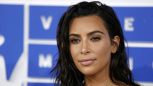 Letartóztatások Kim Kardashian kirablása miatt