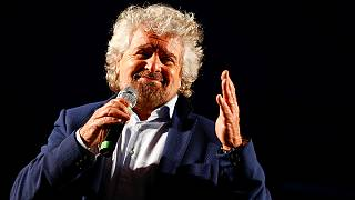 'Populist' Grillo dumps Farage, eyes marriage of convenience with federalist veteran