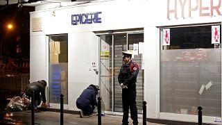 A két évvel ezelőtti támadások áldozataira emlékezik Franciaország