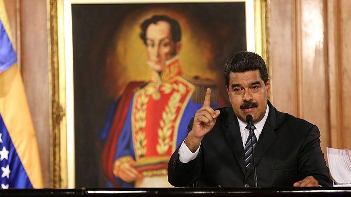 تصويت رمزي في البرلمان الفنزويلي لإقالة الرئيس مادورو