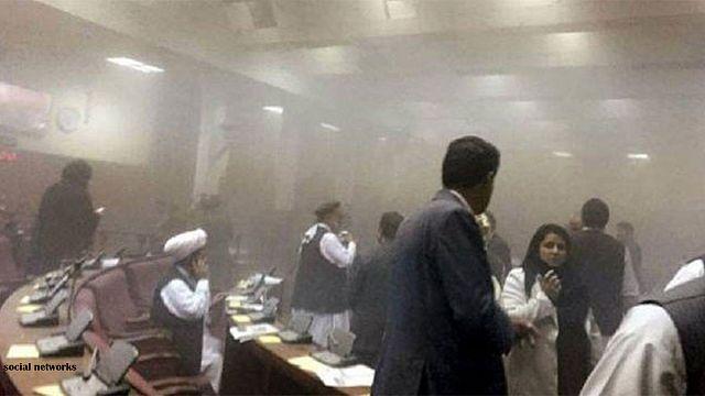 حمله انتحاری طالبان در کابل دهها کشته و زخمی بر جای گذاشت