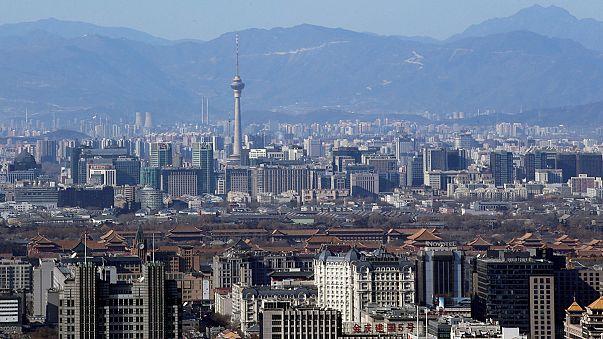 China creció un 6,7% en 2016, pero teme el alto endeudamiento de las empresas