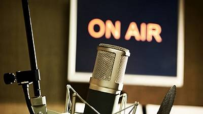 Gambian authorities revoke licences of four radio stations after shutdown