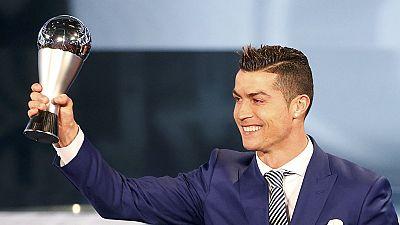 Cristiano Ronaldo wins FIFA best player award [Football Planet]