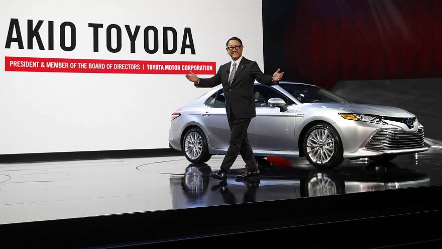 Toyota trumpets US spending plans, Honda says will wait and see on Mexican production