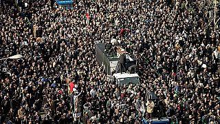 Иран: похороны экс-президента обернулись политической акцией