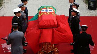 Portugals ehemaliger Präsident Soares in Lissabon beigesetzt