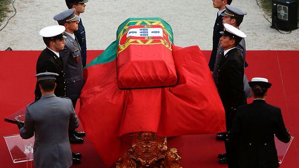 Eltemették az egykori portugál elnököt