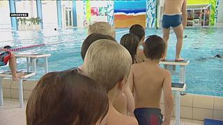 Suisse : à l'école, la natation mixte est obligatoire
