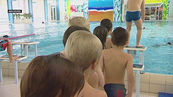 Estrasburgo obliga a dos niñas musulmanas a ir a clases de natación con su escuela