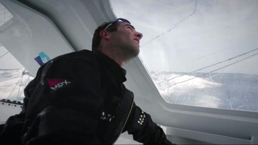 Fransız Le Cleac'h birinciliğe yelken açtı