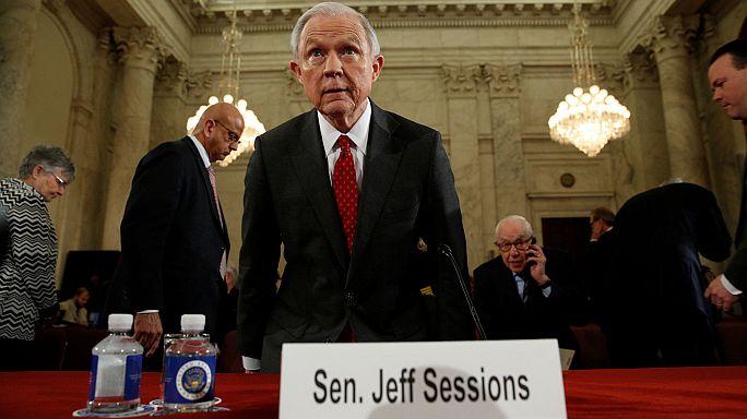 Usa. Designato Attorney General, Sessions nega ogni simpatia per il KKK
