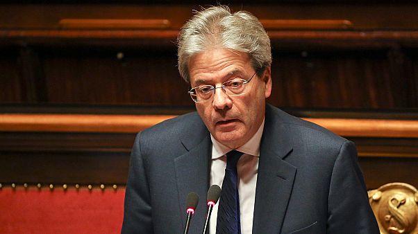بَاوْلُو جِنْتِلْيُونِي رئيس الوزراء الإيطالي في المستشفى بعد تعرُّضِه لوعكة صحية