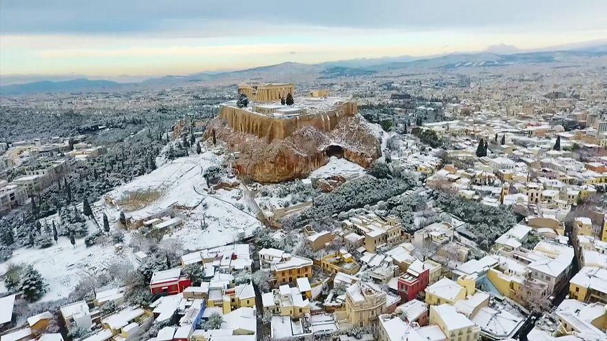 Schnee auf der Akropolis