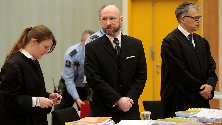 دفاع دولت نروژ از محدودیت های آندرس برویک در زندان: قاتل نوجوانان نروژی دیدگاه هایش را در فضای مجازی منتشر می کرد