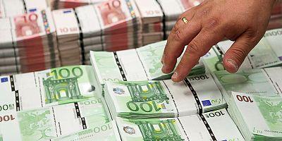 Venti di ripresa sull'Eurozona, Usa e Ue accomunate dall'incertezza politica