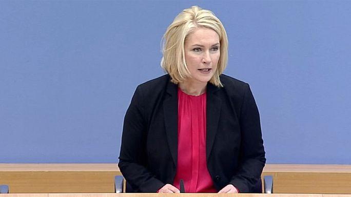 Alman hükümetinden kadınlara yönelik ücret ayrımcılığına karşı tasarı